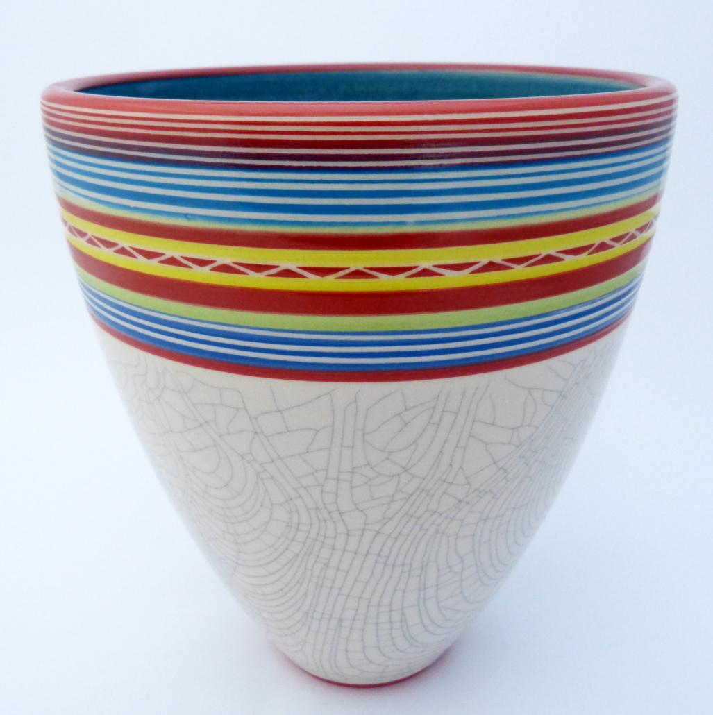 Njalikwa Chongwe. Stoneware Form. Photo Jacqui Rodrigues